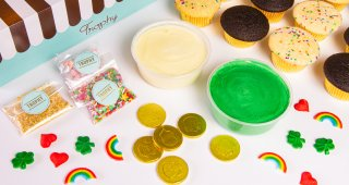Decorate Your Own St. Patrick's Day Dozen