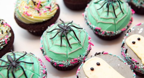 Halloween Spiders and Ghosts on Cupcakes