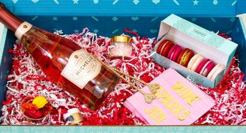 Valentine's Day Cocktail Kit Details