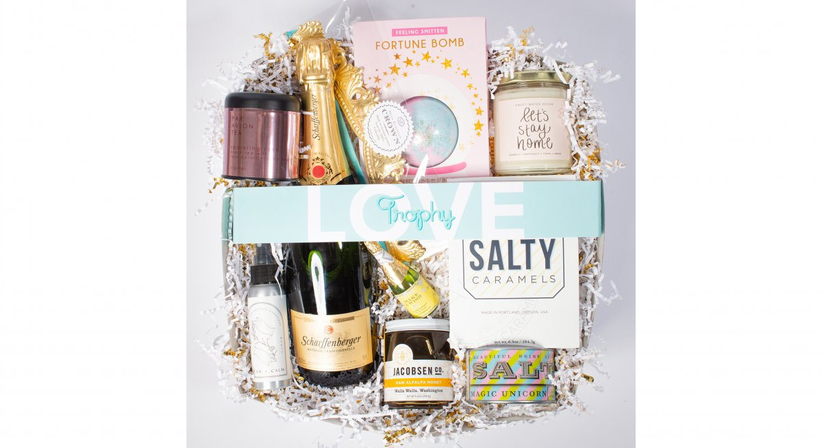 Ultimate Celebration Box with Wine