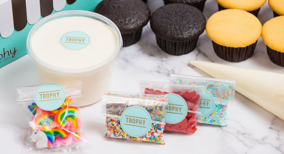 Decorate Your Own Cupcakes Kit