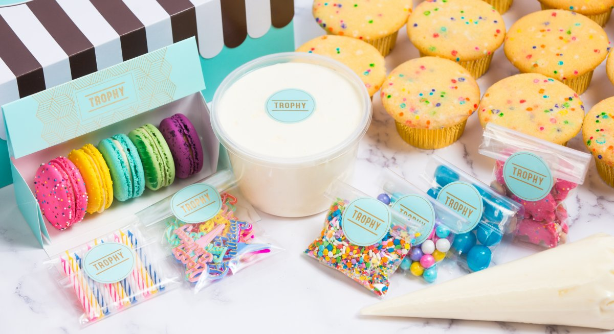 Decorate Your Own Ultimate Birthday Party Dozen