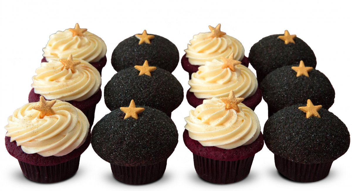"Oscars ""Red Carpet"" Cupcakes"